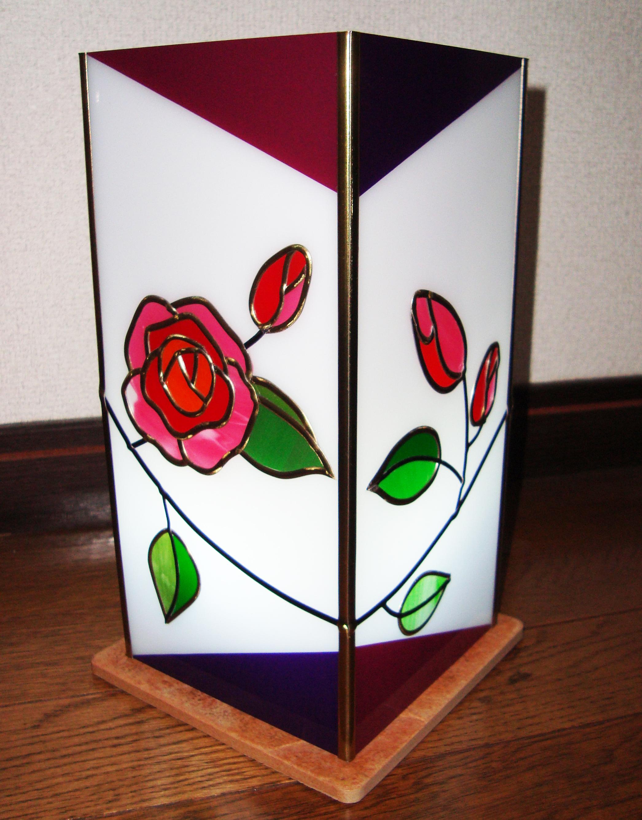 ミニバラ灯籠