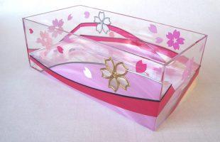 桜舞うティッシュケース